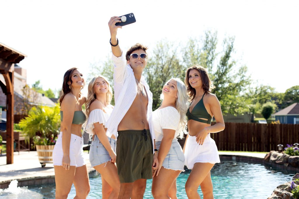 tan-group-selfie-summer-pool