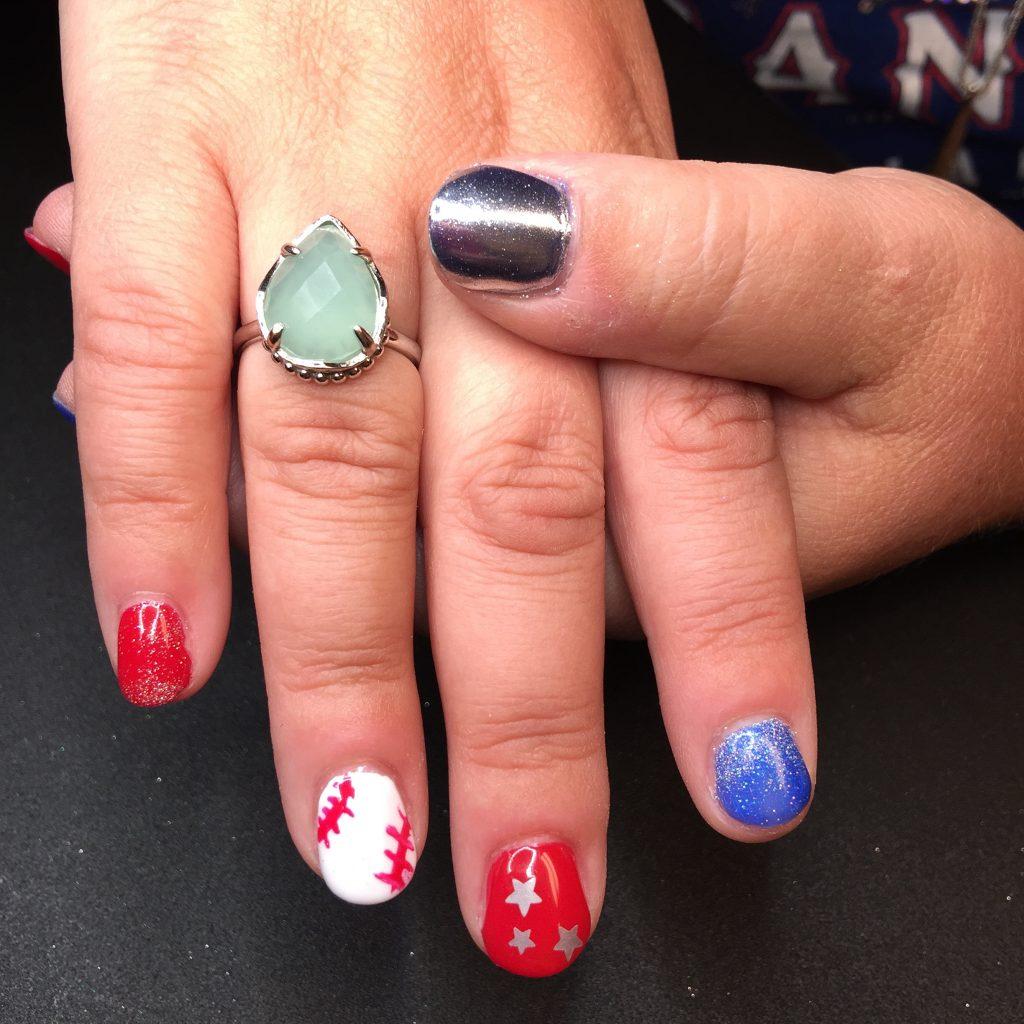 baseball-inspired-nails-patriotic