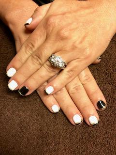 black-white-manicure