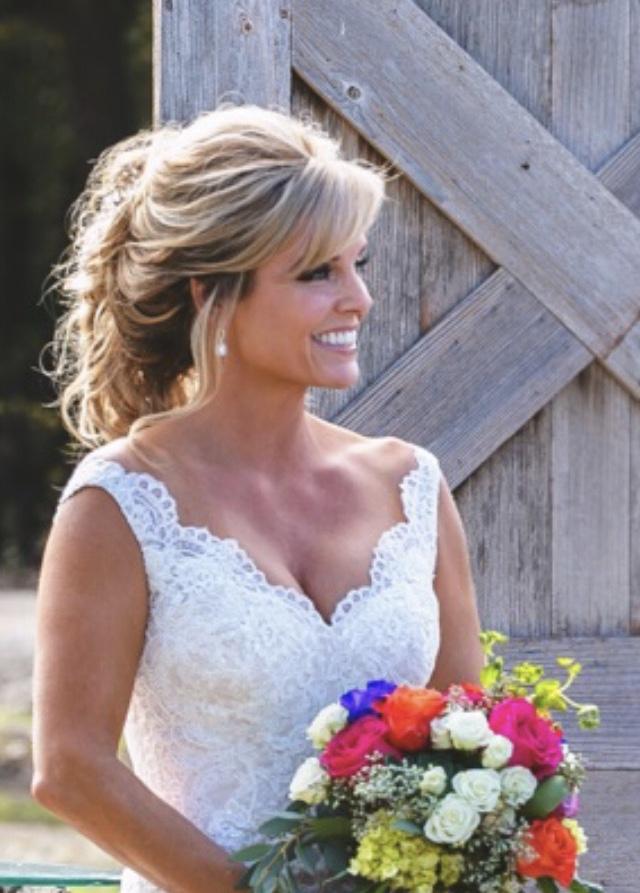 bridal-tan-gorgeous-blonde-perfect
