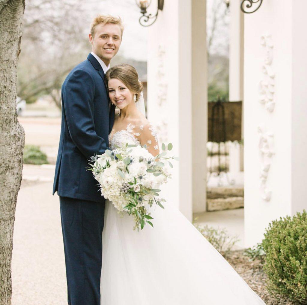 bride-wedding-day-groom-flowers-bridal-wife