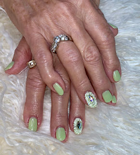 green-nailart-mixed-sparkle-bedazzled-manicure