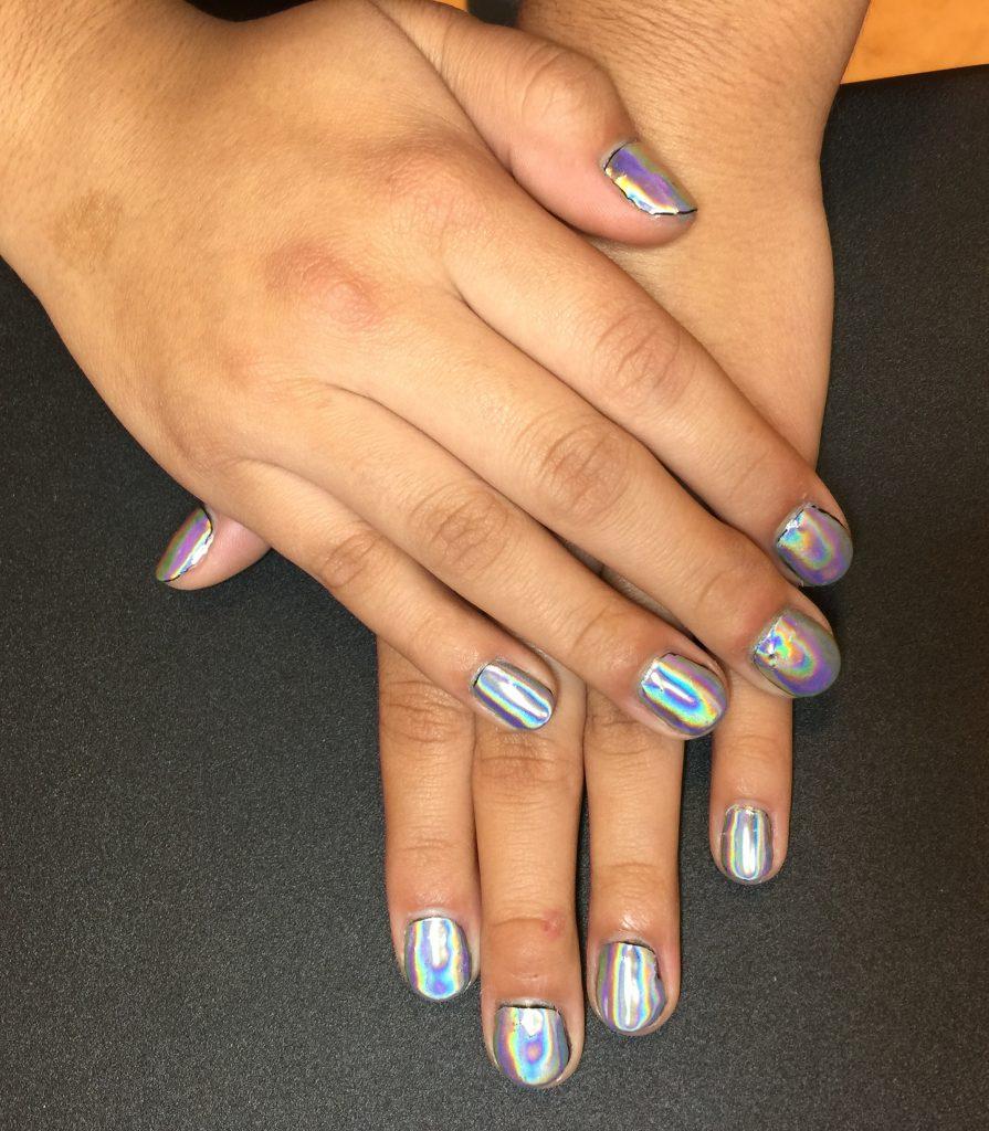 iridescent-nails-shiny