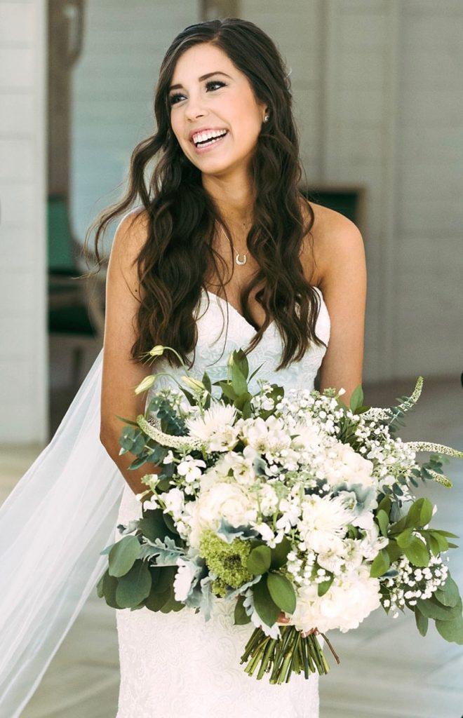 model-wife-wifey-bridal-bride-tan-flowers-weddinginspo