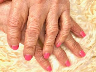 pink-manicure