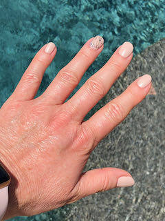 pink-natural-nails-bedazzled