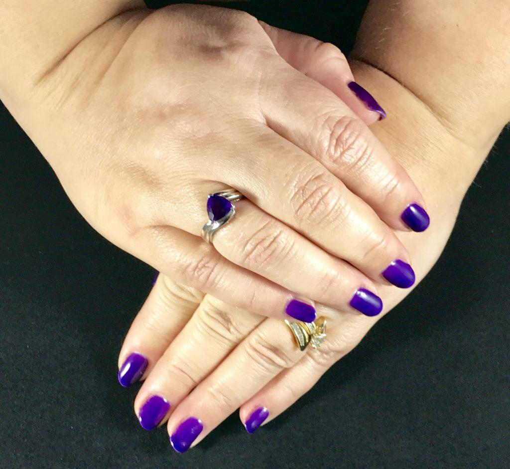 purple-amethyst-manicure